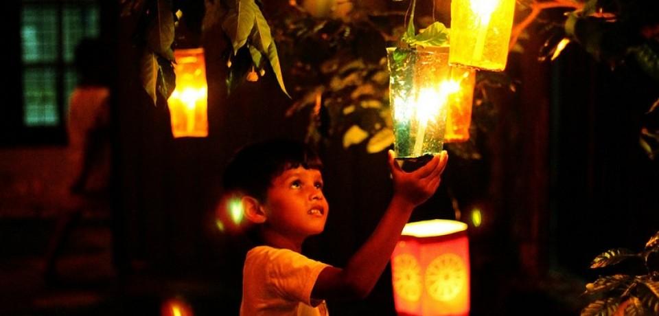Celebración del Vesak, Budismo y Cristianismo